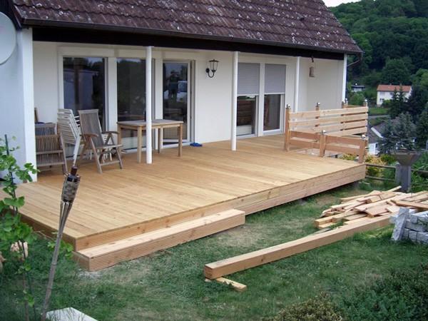 terrasse mit holz fabulous terrasse mit holz with terrasse mit holz sibirische lrcheen. Black Bedroom Furniture Sets. Home Design Ideas